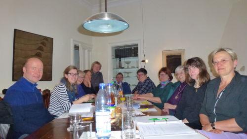 Die Gruppe Wilmersdorf bei der Vorbereitung der nächsten Aktionen.